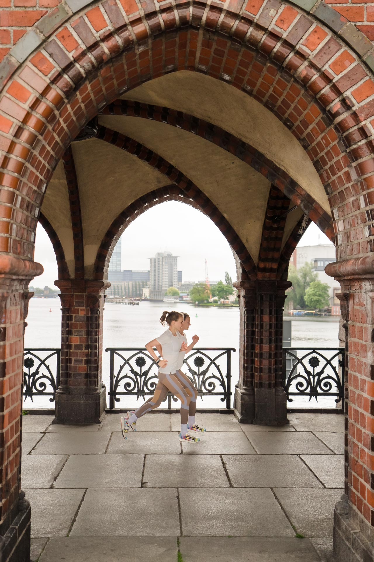 Laufen auf der Oberbaumbrücke